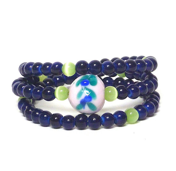Cold Wet Noses fundraising bracelet