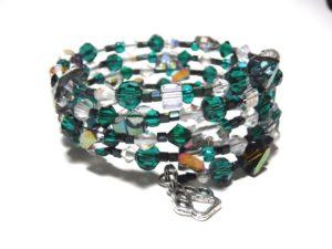 bracelet sales benefit Lovar